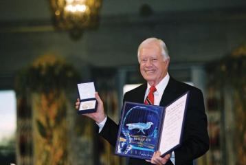 Jimmy Carter reflexiona sobre una vida dedicada a la paz y al servicio