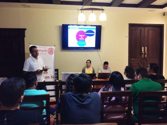 Charla al Club Rotaract San Pedro Sula